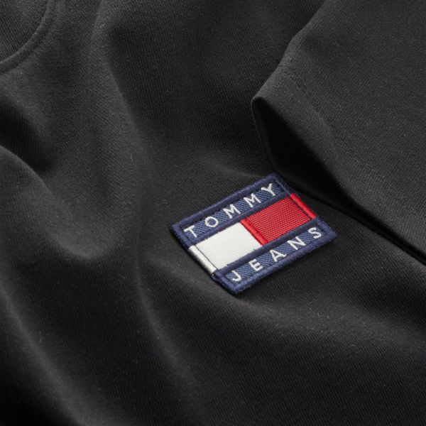 4. Basic T-shirt with TJ logo Black Tommy Jeans